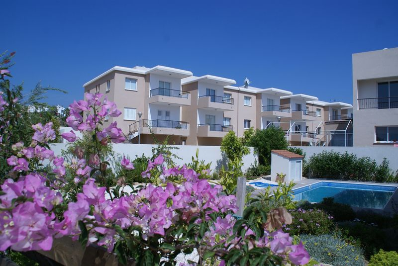 Apartments And Swimming Pool