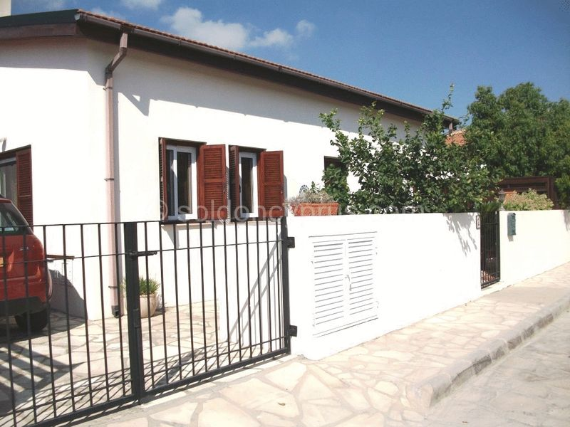 2-bedrooms-land-larnaca-for-sale