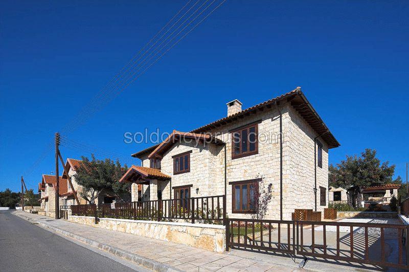 4-bedrooms-land-limassol-for-sale