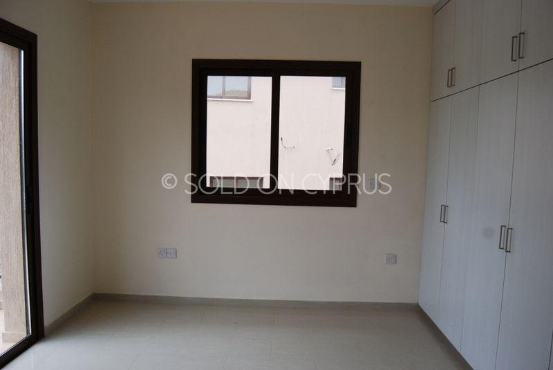 Master Bedroom with En-suite Facilities