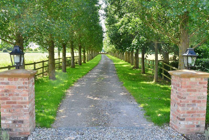 Upper Grange Newington