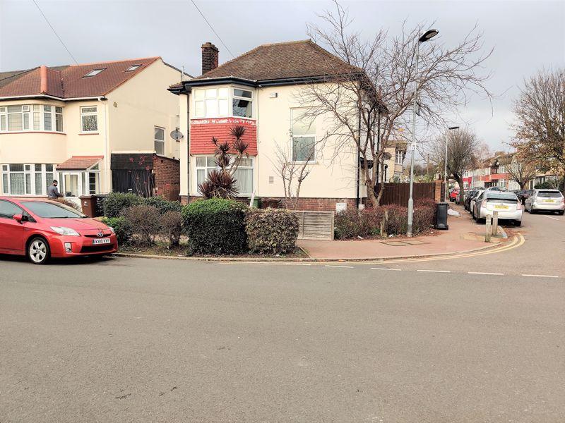Woodbridge Road