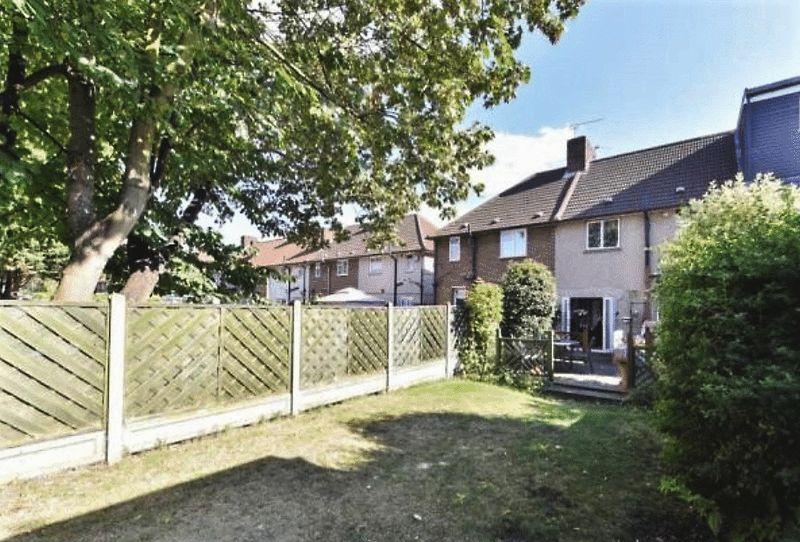Becontree avenue dagenham property link london for Home landscape design suite 8 0 link