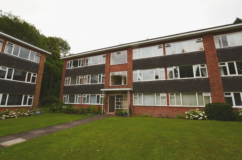 2 Bedrooms Property for sale in Garrard Gardens, Sutton Coldfield