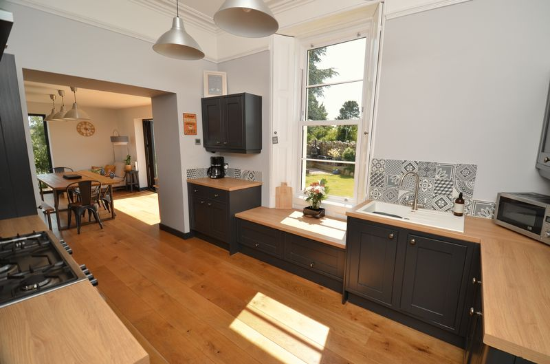 3 The Tors Kingskerswell