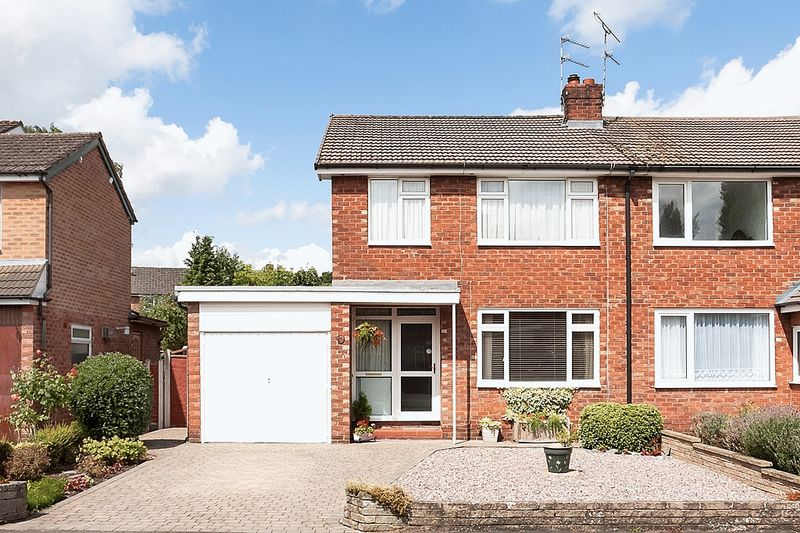 Grosvenor Road West Heath