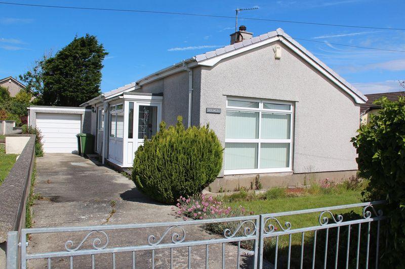 Llanfawr Close