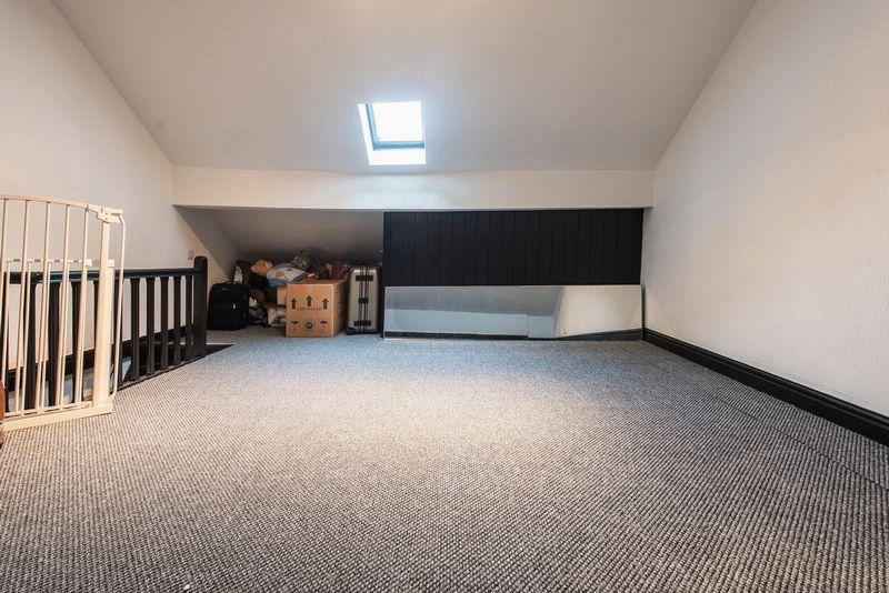 LOFT/HOBBIES ROOM (Pot'l bed 3)