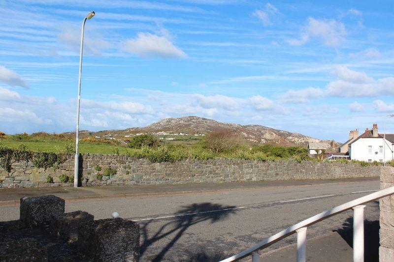 Porthyfelin Road