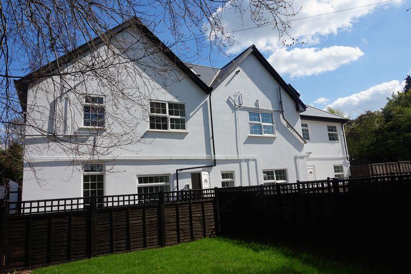 4 Sutton Lane