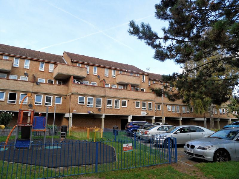 Peartree Close