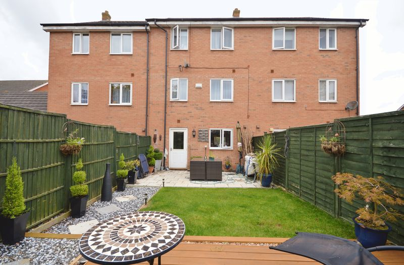 Melford Close Oakley Vale