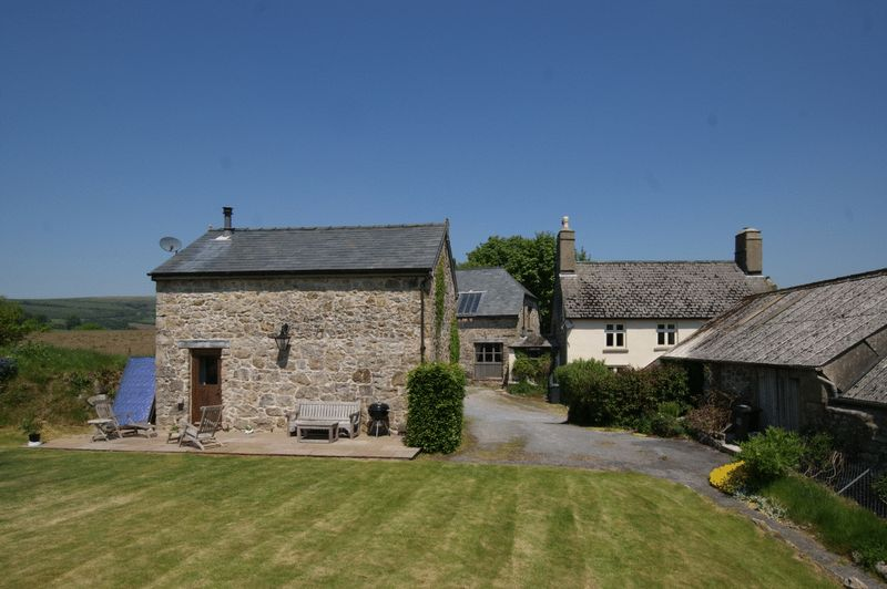 Farmhouse, cottages and workshop