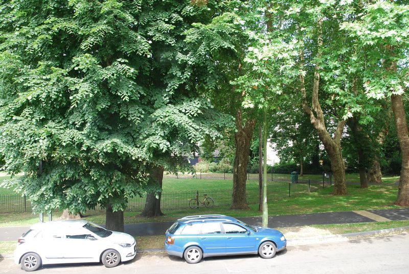 Lymington Road