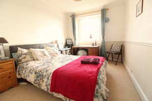 Caledonia Place Top Floor Flat