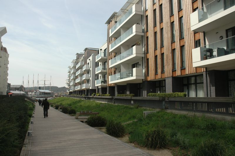 Millennium Promenade
