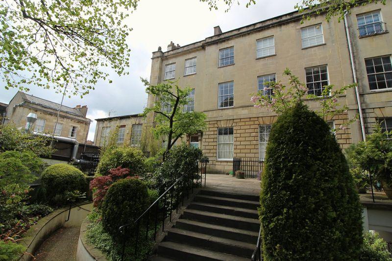 8 Rodney Place Clifton