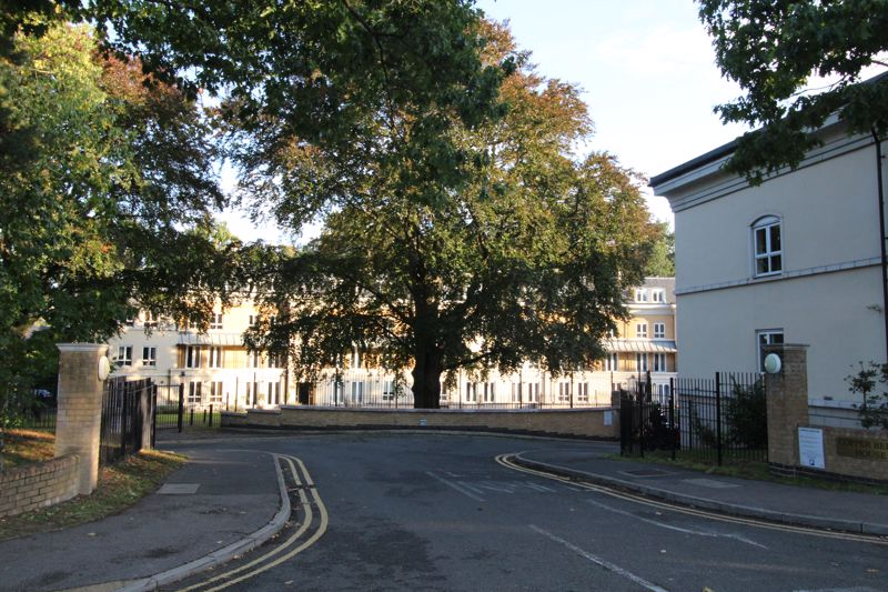 Heathside Crescent