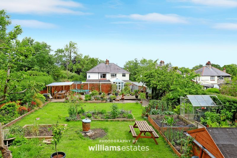 Rear Garden/Elevation Aspect 1