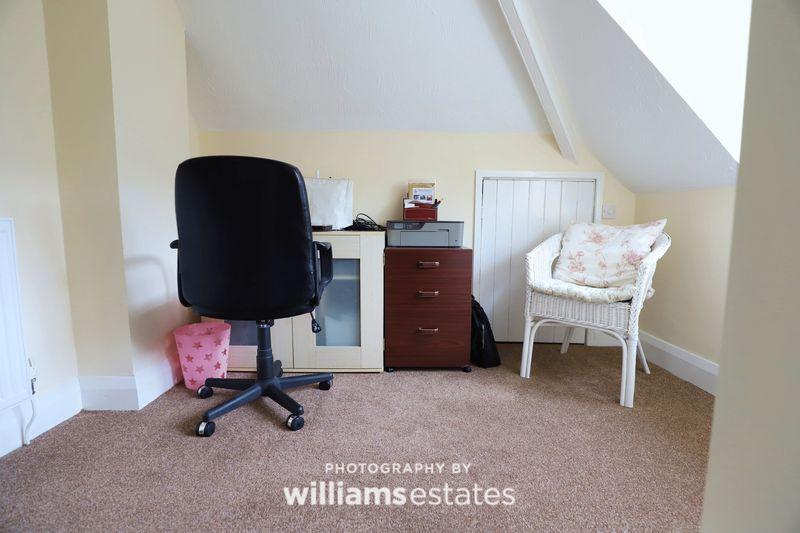 Office Area (2)