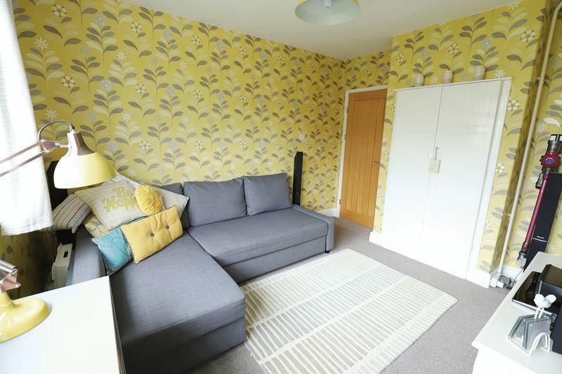 Snug Room (2)