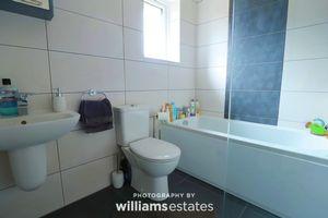 Bathroom Aspect 1