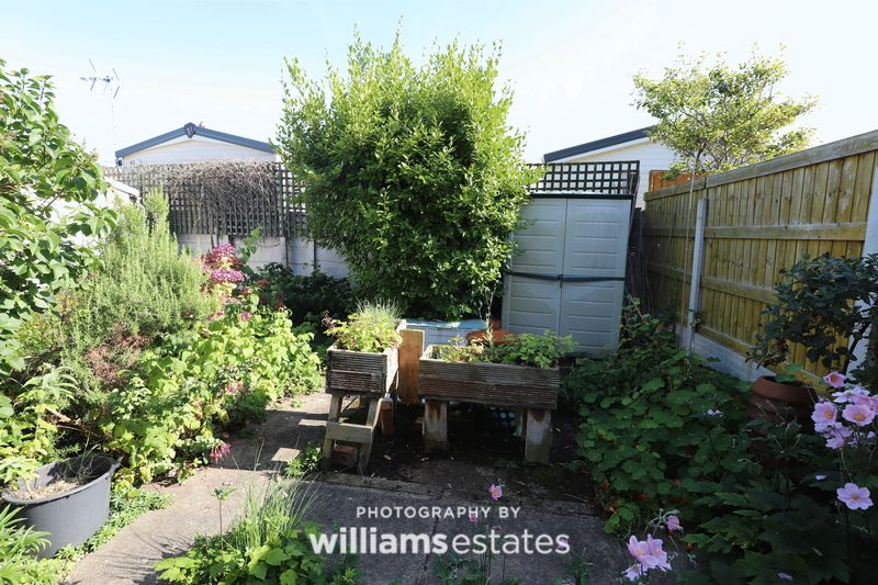 Rear Garden Aspect 4