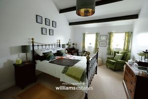 Holiday Cottage- Bedroom