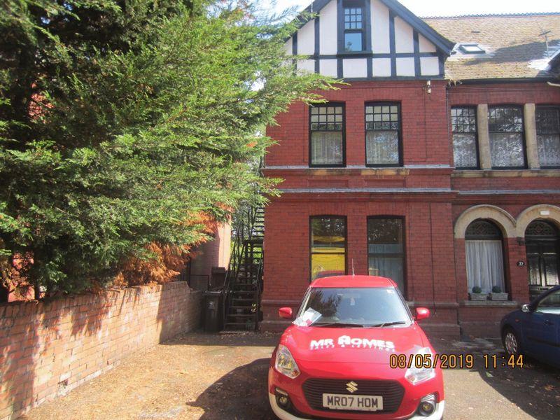 Cardiff Road Llandaff
