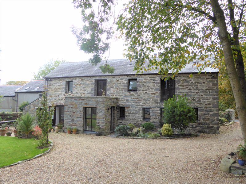 Ballacubbon Barn, Glen Road