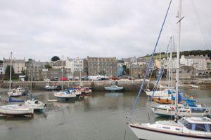 2 Harbourside Apartments, The Underway