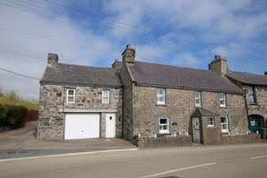 The Old Smithy, Main Road