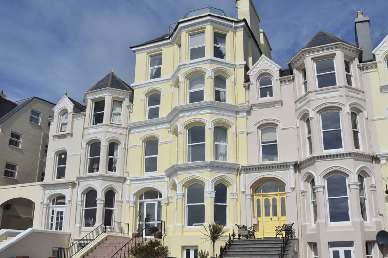 Apartment 4, Clifton Court, The Promenade