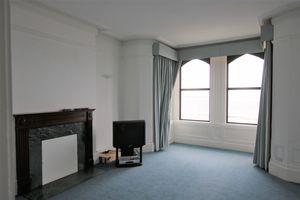 Apartment 2, 5 The Promenade