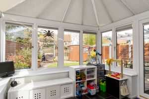 Conservatory With Under Floor Heating