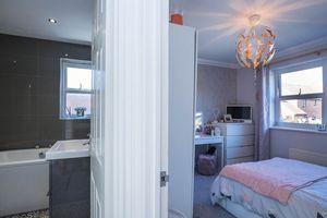 Bathroom/Bedroom 2