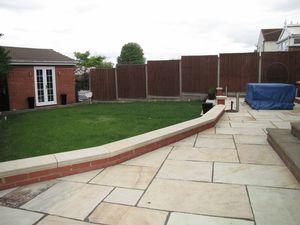 Garden, Summer House & Rear Sun Terrace