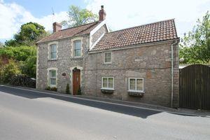Long Street Croscombe