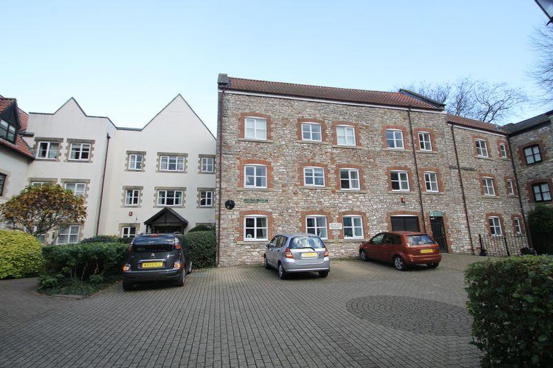 Carlton Court