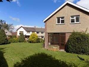 Lyall Crescent Polmont