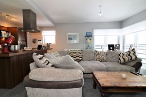 Mulberry Square Flat 3/1