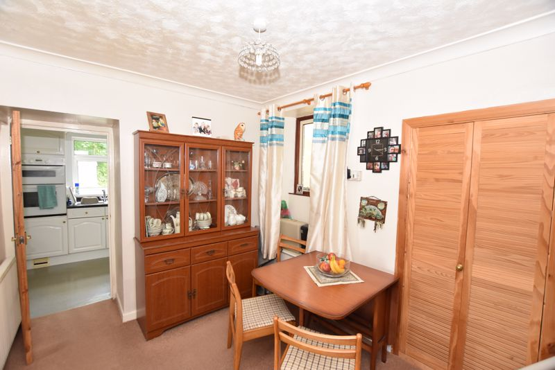 Dining Room Cottage 1