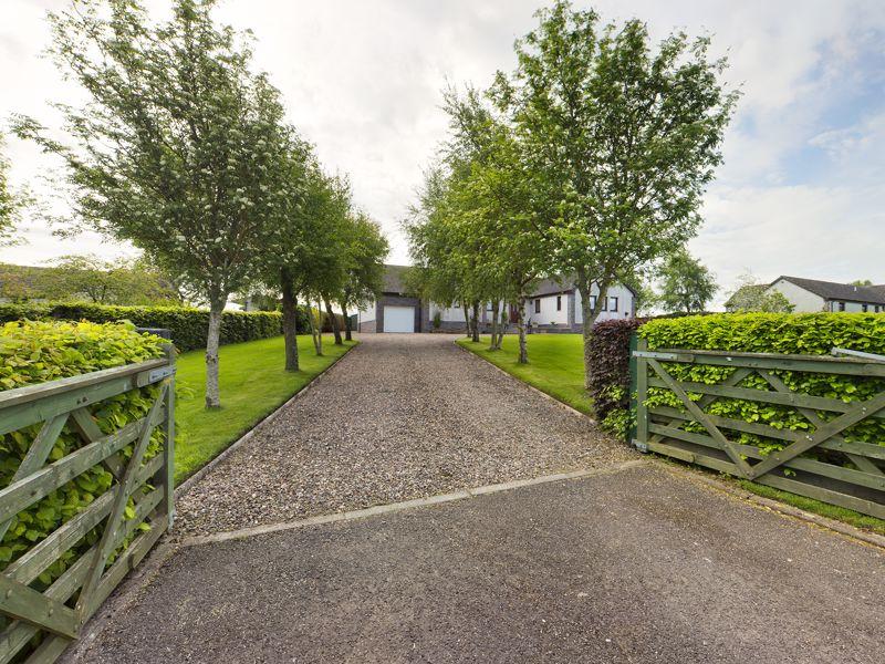 Meadowflatts Road Thankerton