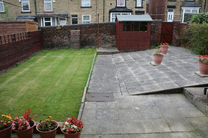 39 carr road - rear garden