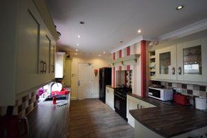Warwick Road - Room 6