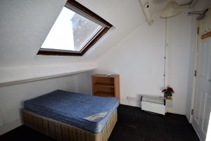 Charles Street - Room 5