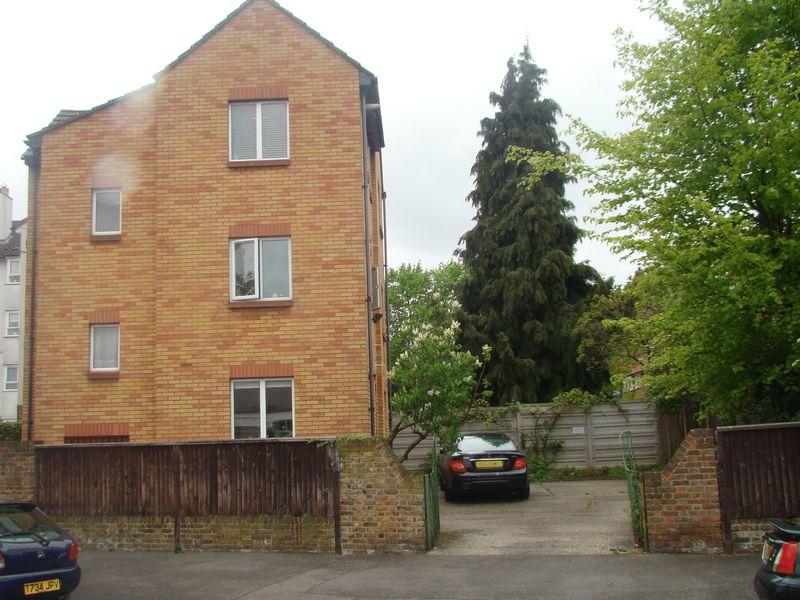 Shernhall Street