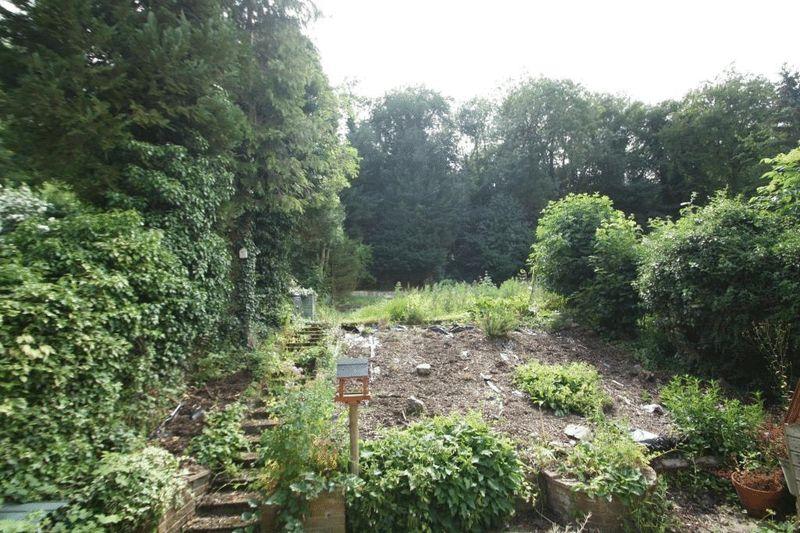 Dean Garden Rise