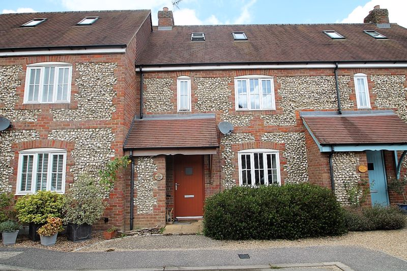 3 Royal Oak Mews Great Kingshill