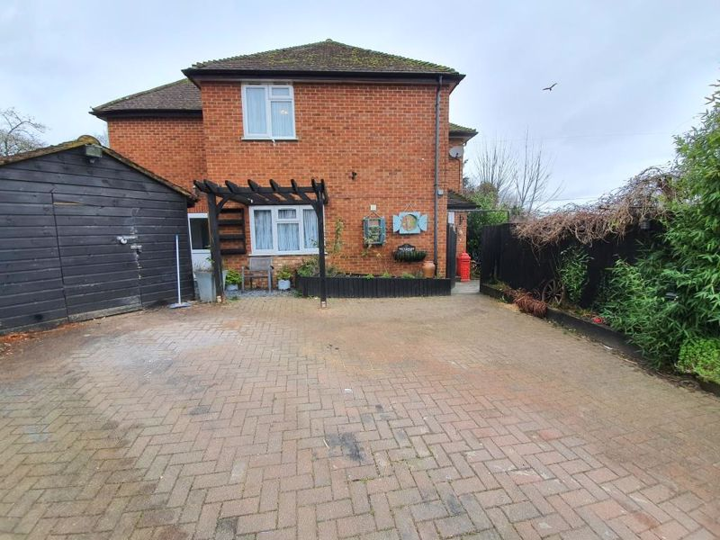 Widdenton View Lane End